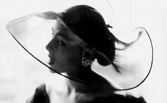 le chapeau à la mode de